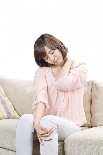 肩こりの原因は運動不足?つらい肩こりを改善する簡単な体操